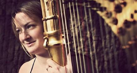 Lucy Haslar - harp