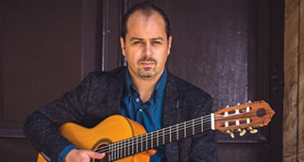 Mark Hussey - classical guitarist