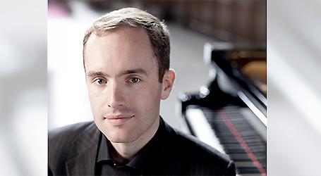 Simon Callaghan - pianist