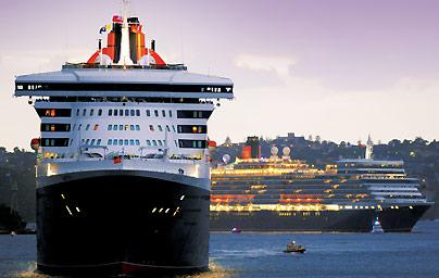 Queen Mary 2 and Queen Elizabeth - Sydney Australia 2011